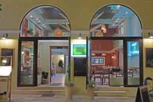 restaurant-kipos-nafplio-external-area