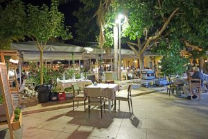 kipos-restaurant-nafplio-family-friendly-enviroment